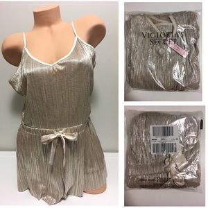 🆕VICTORIA'S SECRET -SHINE PLEAT ROMPER / SLIP M-L